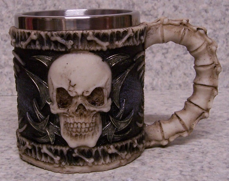 Grinning Skull Beer Tankard or Coffee Mug 9 ounce pour thumbnail
