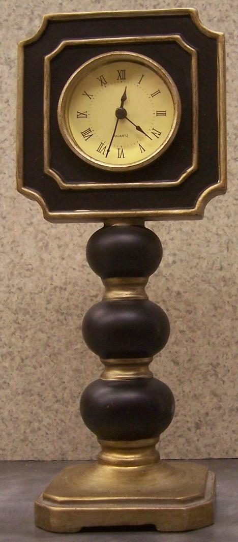 Albany Classic shelf or mantle clock thumbnail