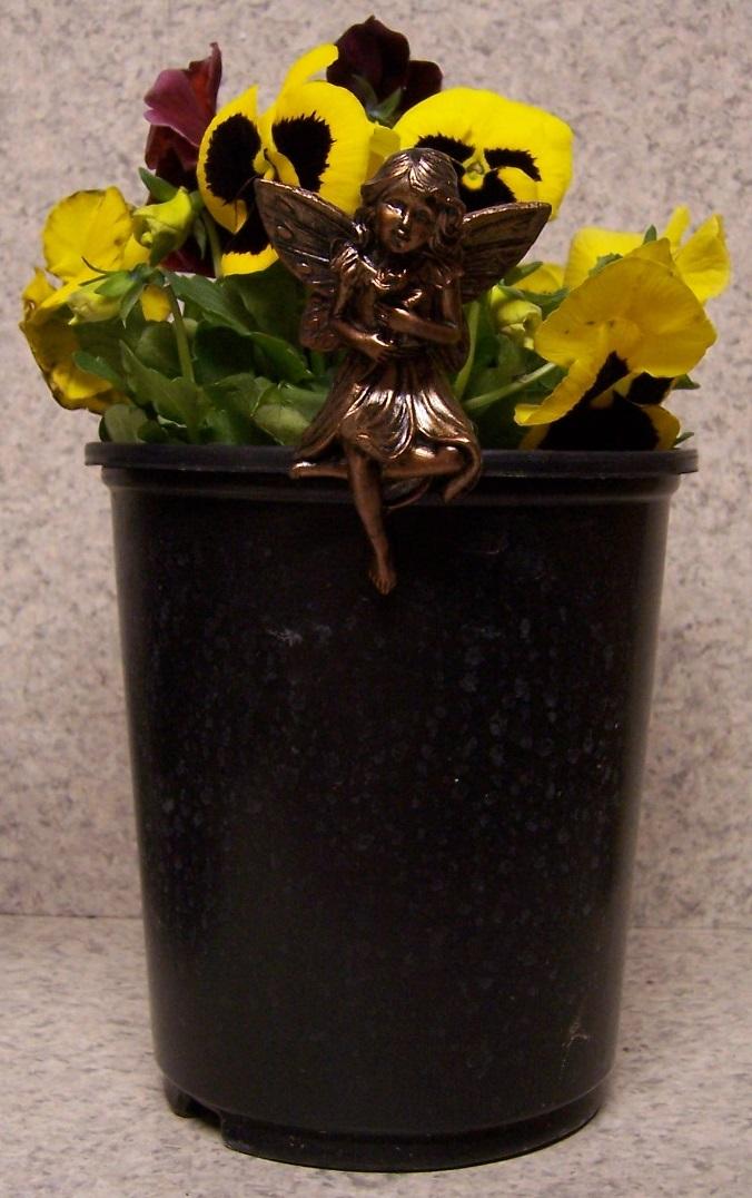 Flower Pot Hugger Fairy #2 NEW bronze toned polystone