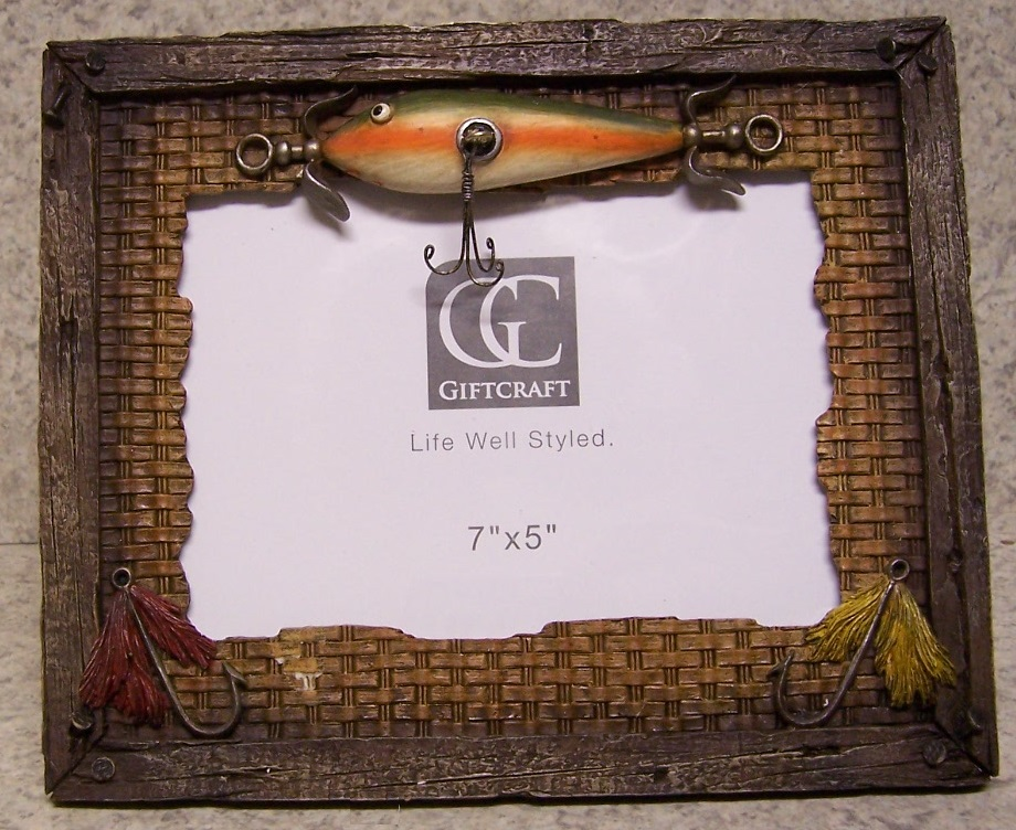 Details about Picture Frame Fisherman Lures 9 1/4\
