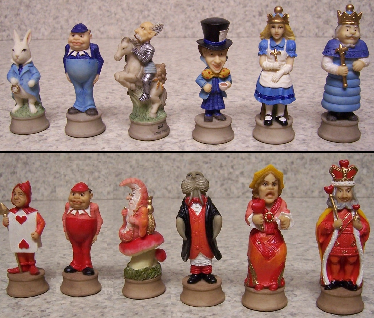 "Chess Set Pieces Alice in Wonderland Red Queen Mad Hatter NEW 3 1//4/"" kings"