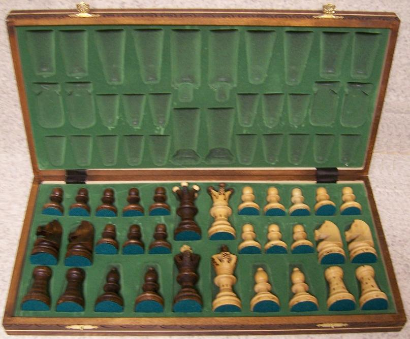 my ideas: Looking for Wood carving patterns chess set